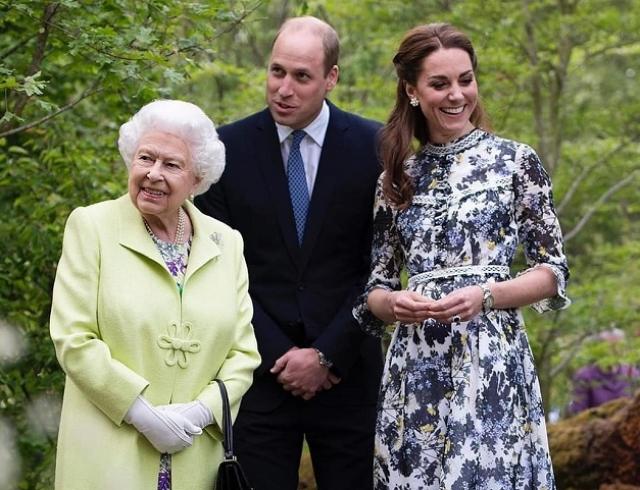 Кейт Миддлтон вместе с мужем показала Елизавете II созданный сад (ФОТО+ВИДЕО)