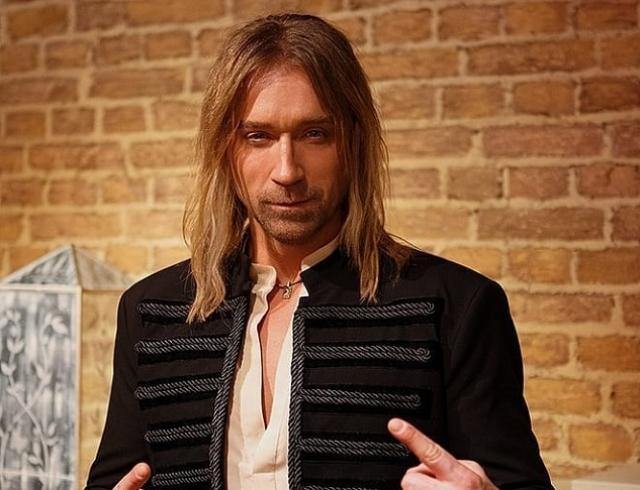 Поклонница Олега Винника сделала тату с названием его знаменитой песни (ВИДЕО)