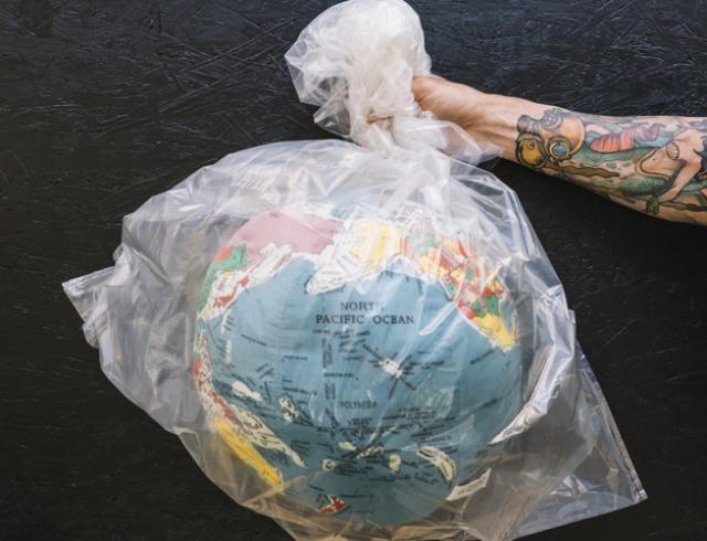 Совет Европейского союза окончательно запретил пластик