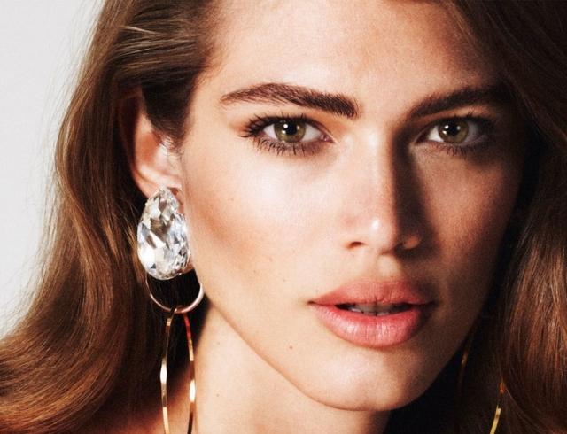 Начало новой истории: бренд Victoria's Secret впервые начал работу с трансгендерной моделью