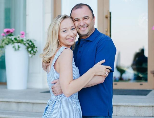 Неожиданно: Виктор Павлик рассказал, планирует ли детей с молодой возлюбленной