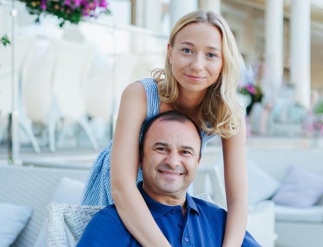Бывшая жена унизила Виктора Павлика, опубликовав фото, сделанные его любовницей