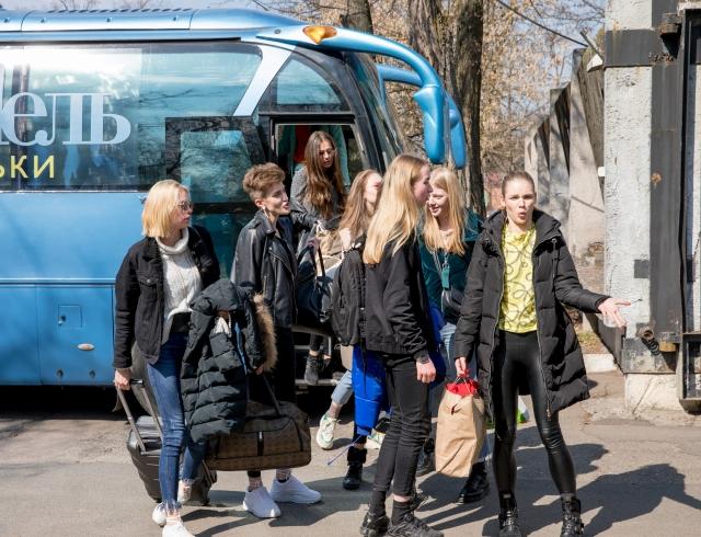 """Никитюк — вахтерша и Костромичева — комендант: """"Топ-моделей по-украински"""" заселили в общагу"""