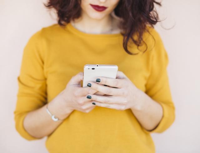 Стоит подписаться: Instagram-аккаунты о прическах, макияже и уходе за кожей