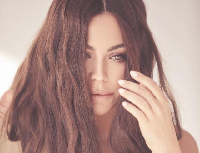 """""""Мы нарушаем"""": в преддверии дня рождения Ани Лорак презентует новый трек и lyric-видео"""