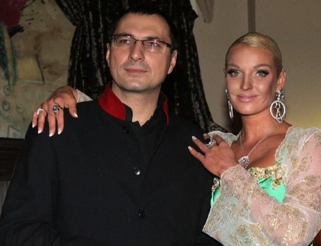 Сколько миллионов долларов Анастасии Волочковой должен бывший муж? - Звезды