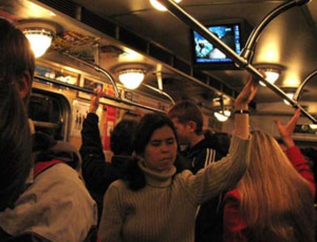 Чтобы не заболеть в метро. Правила метро-поведения